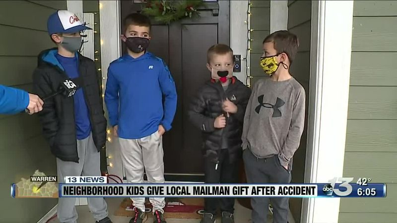 Warren County neighborhood kids give local mailman gift after accident @ 6