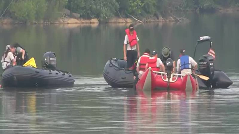 """Around 3:45 p.m. on July 20, people on the bank at Freeman Lake Park saw a kayaker """"in..."""