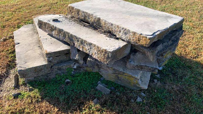 Historical landmark damaged in Hart County.