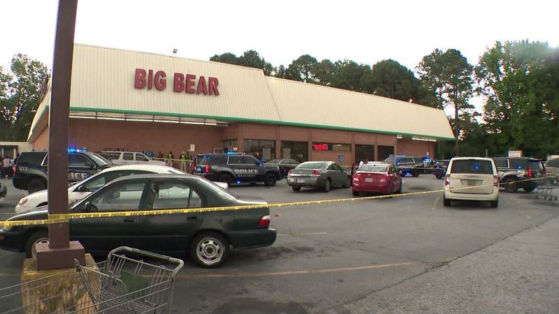 A customer, identified as 30-year-old Victor Lee Tucker Jr., was arguing with a cashier over...