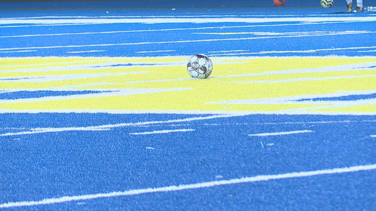 The semifinals for the 4th Region boys and girls soccer tournament have been set.