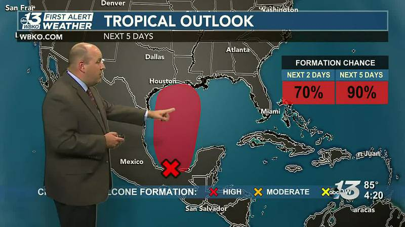 Rain chances return for Father's Day weekend