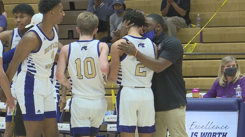 Bowling Green defeated Clinton County 66-50 to advance to Monday's 4th Region semifinal.