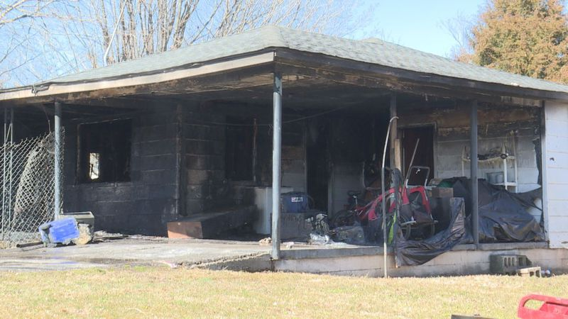 House fire in Smiths Grove