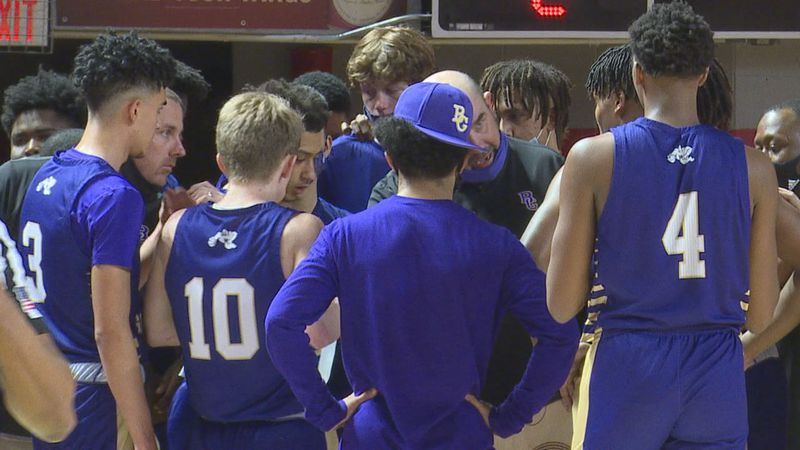 Bowling Green defeat ACS 53-38 to advance to the 4th Region Championship game.