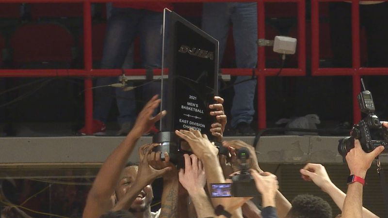 The WKU Hilltoppers beat the OLD Monarchs 60-57 to win the C-USA East Division Title.