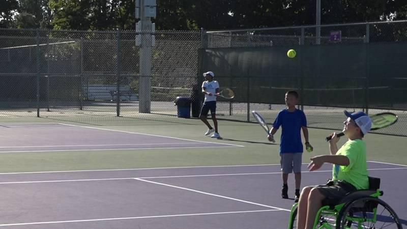 Up down tennis social