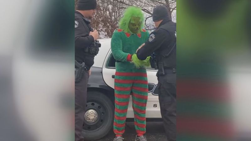Grinch arrested by Scottsville Police Department