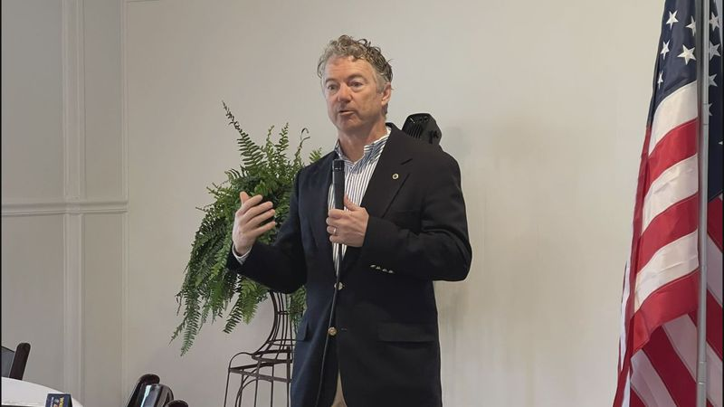 U.S. Senator Rand Paul meets with community leaders in Russellville on Thursday