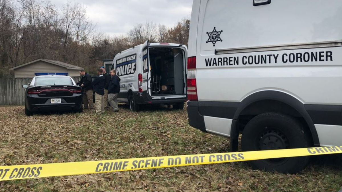 Human remains were found Monday morning off the 31-W Bypass. (WBKO)