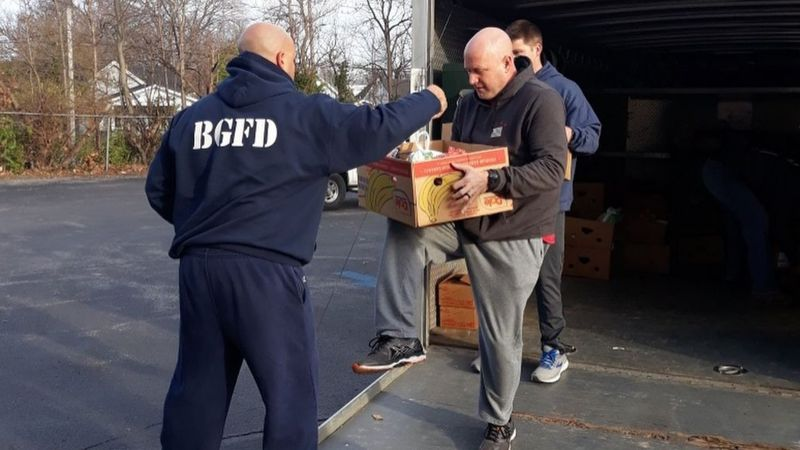 BGFD delivers meals to local non-profit.