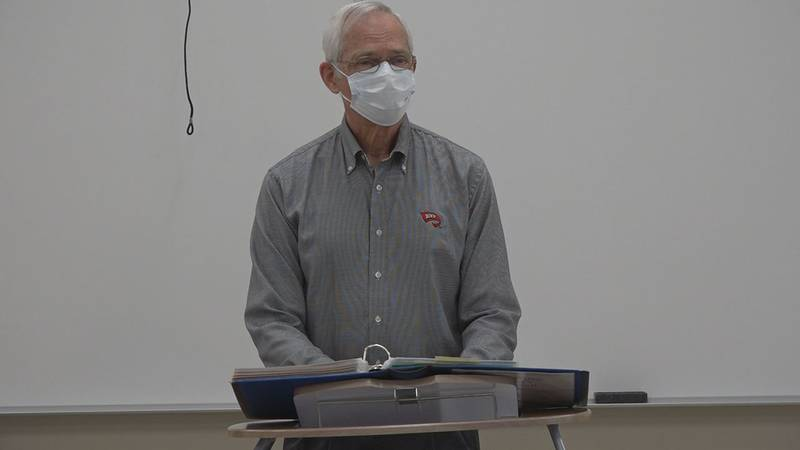 WKU professor teaches one last class after 42 year career on the hill.