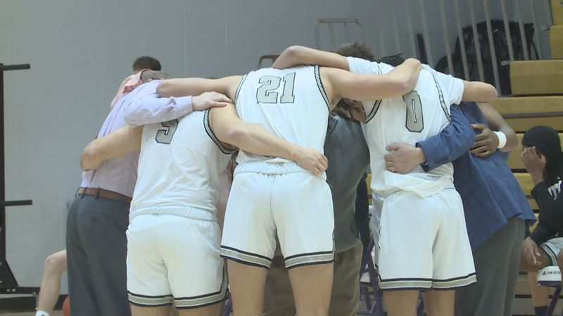 South Warren defeated Warren East 61-50 in the opening round in the 14th District Tournament.