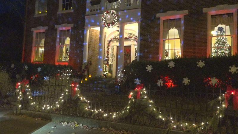 Last weekend for the BG Landmark Associations To-Go Christmas Tour