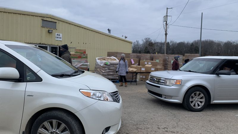 Feeding America and Mount Zion Baptist Church partner to bring food to needy in Warren County.