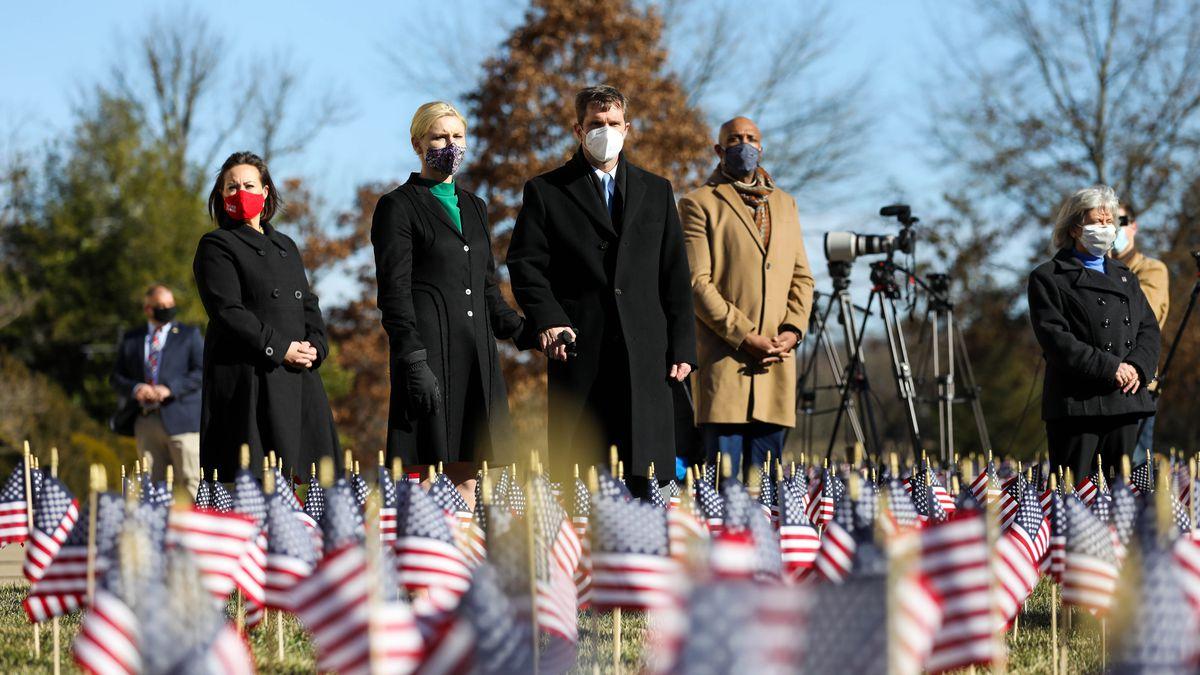 Gov. Beshear marks loss of more than 3,300 Kentuckians to COVID-19