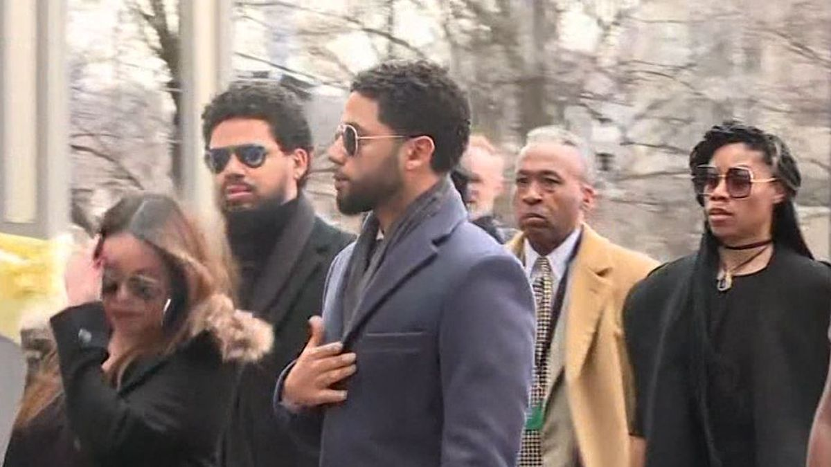 "Attorneys for Jussie Smollett filed a countersuit on Tuesday after Chicago sued the former ""Empire"" star to recover $130,000 spent investigating his case. (Source: CNN)"