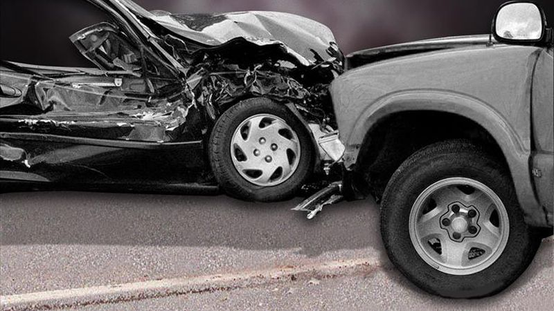 A Wednesday morning accident in Bardstown leaves one man injured and one man dead